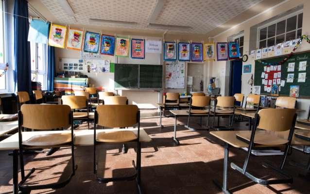 В Одесской области хотят отправить детей в школы позже, чтобы больше заработать на туристах