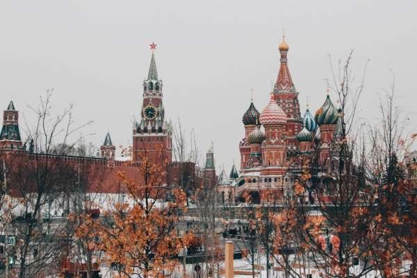 РФ відкликає свого посла в США після слів Байдена, що Путін вбивця