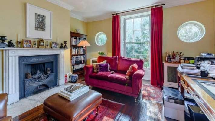 Дом Агаты Кристи продают в Англии