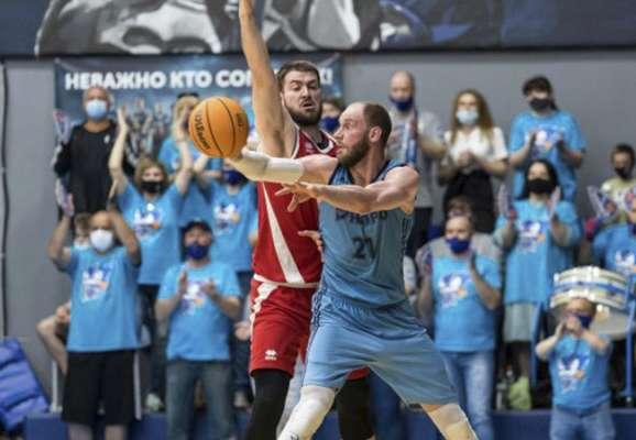 Дніпро обіграв Прометей в першому півфінальному матчі Суперліги