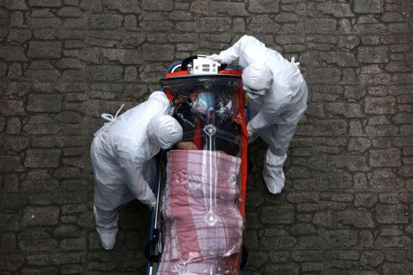 Covid-19 в мире: с начала пандемии умерли более 4,7 миллиона пациентов