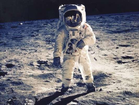 NASA выделит $35 миллионов компаниям Безоса и Маска на разработку космического модуля