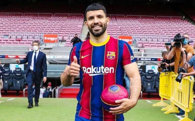Агуэро забил дебютный гол за Барселону