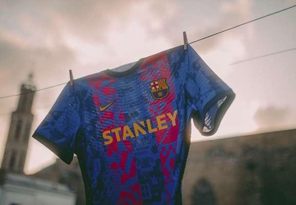 Ждем в Киеве. Барселона представила комплект формы для Лиги чемпионов (ФОТО)