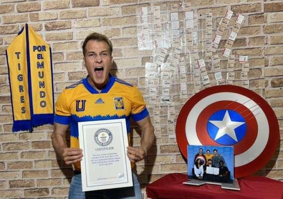 """Американец установил рекорд по количеству просмотров """"Мстителей"""""""