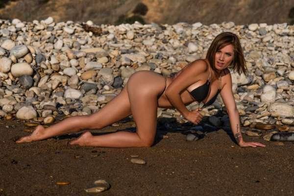 У США проповідниця покинула церкву й почала заробляти на еротичних фотосесіях