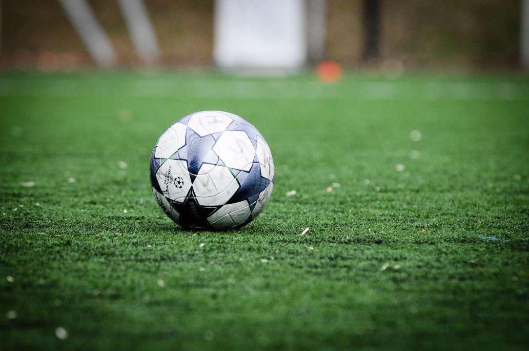Воротар колумбійського клубу двічі не попав по м'ячу і пропустив гол. Відео