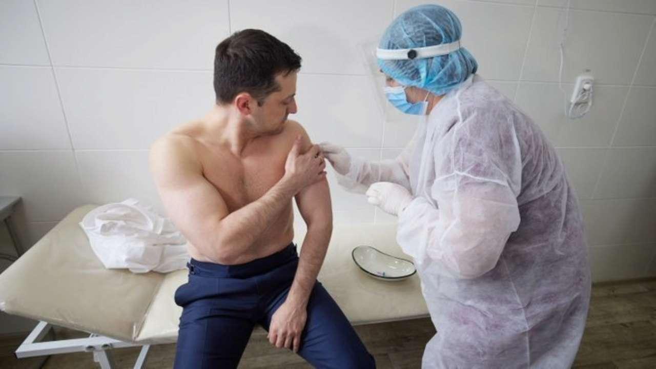 Президент України зробив щеплення від коронавірусу