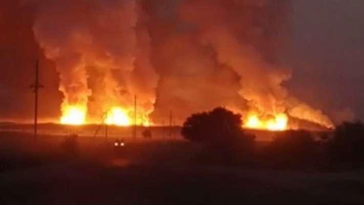У Казахстані сталася серія потужних вибухів на військовому об'єкті. Вражаюче відео
