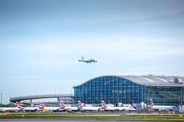 Британія посилює правила в'їзду в країну