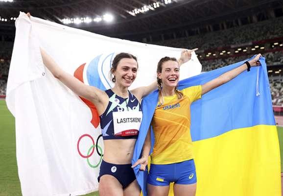 Магучих прокомментировала фото с Ласицкене после завершения олимпийских соревнований