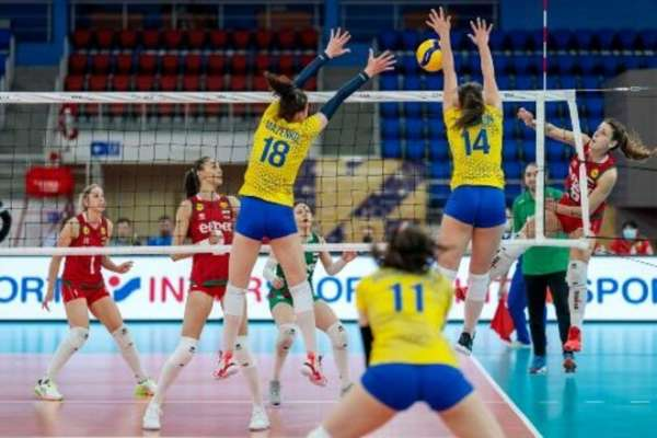 Українки розгромно програли Болгарії в матчі Золотої Євроліги