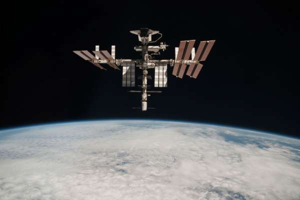 Работу МКС планируют продлить ещё на 10 лет