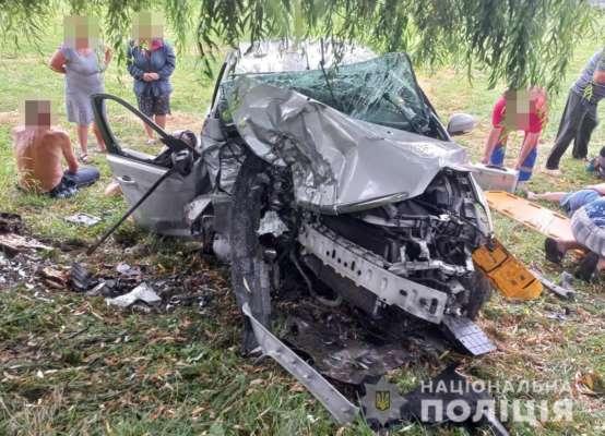 Усі їхали в одному авто: у ДТП на Волині загинули 3 та постраждали 9 людей, серед яких діти