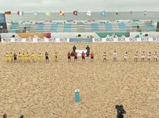 Испанки не по зубам. Женская сборная Украины по пляжному футболу проиграла матч Евролиги