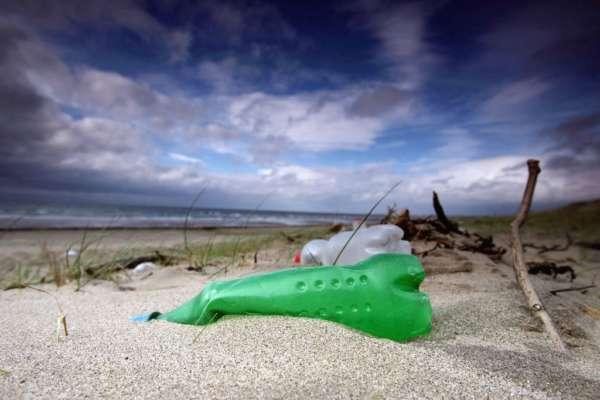 Американские студенты создали робота, способного убирать мусор в океане