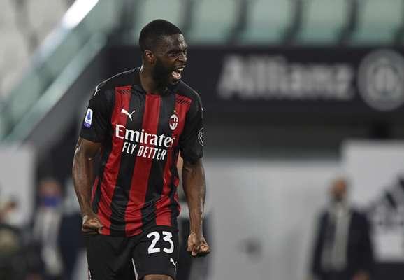 Милан намерен выкупить контракт Томори у Челси