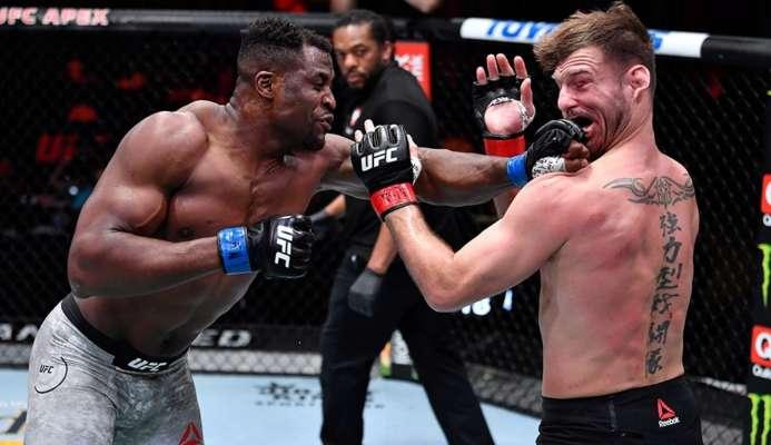 Нганну на UFC 260 стал чемпионом тяжелого дивизиона, разбив Миочича