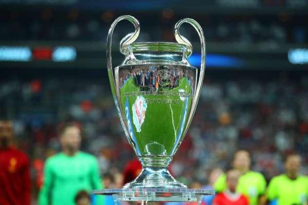 Інсайдер: розіграші Ліги чемпіонів та Ліги Європи тимчасово припинені