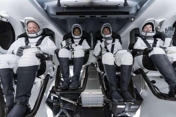 Туристичний політ у космос