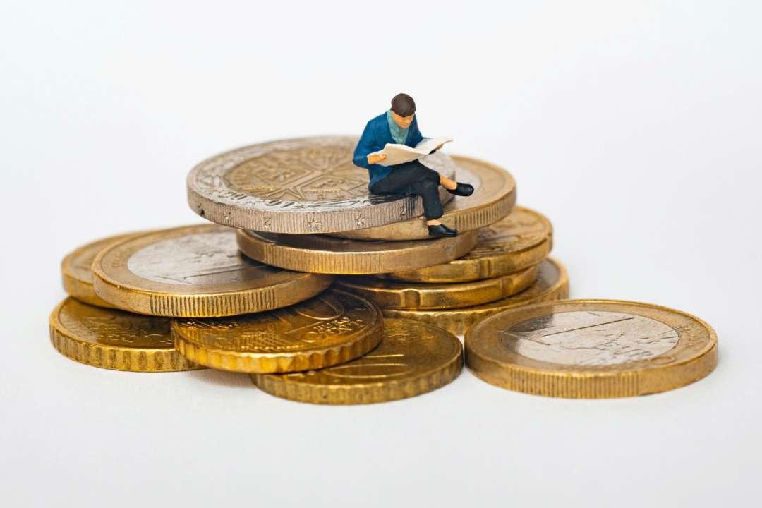 За останній рік в Україні майже на 19% зросла номінальна заробітна плата – Держстат