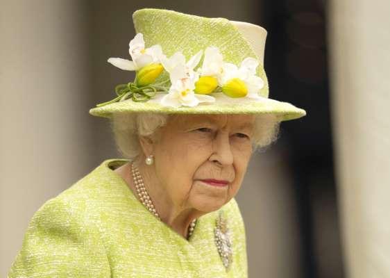 Єлизавета II вперше після смерті чоловіка з'явилася на людях