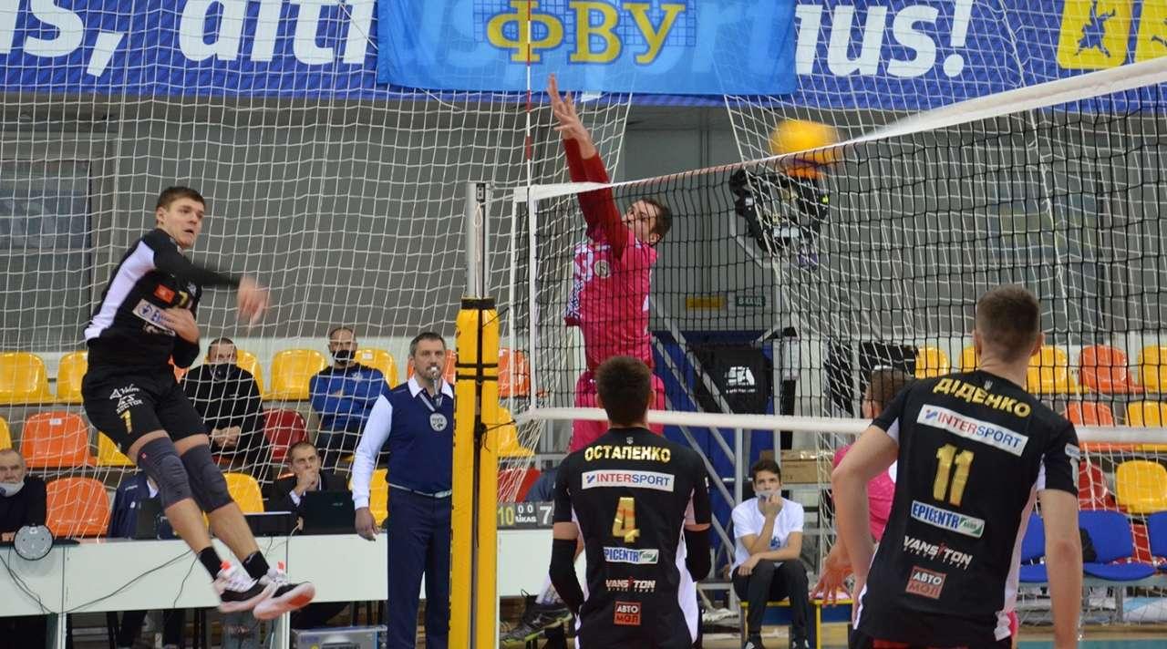 Стали відомі фіналісти чемпіонату України серед чоловічих клубів