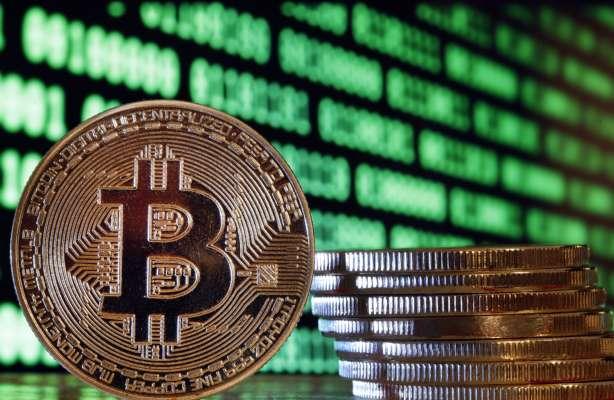 Стоимость биткоина выросла в три раза