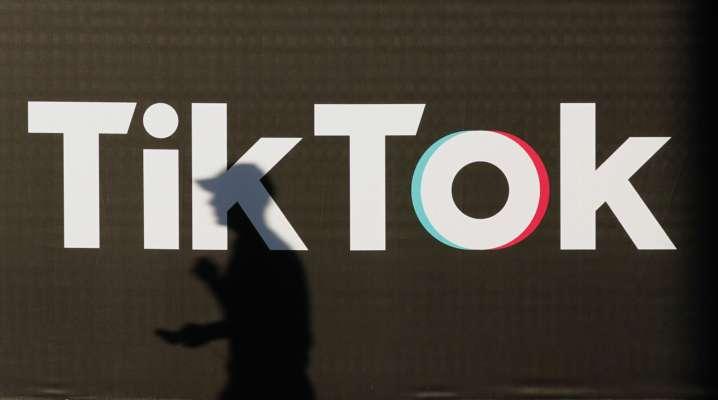 В Киеве парни арендовали квартиру и устроили погром для видео в TikTok. Теперь им грозит тюрьма