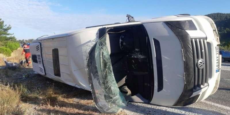 В Турции автобус с украинскими туристами попал в ДТП, есть погибший