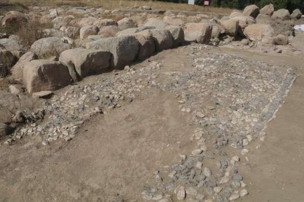 В Турции археологи нашли самую старую в мире мозаику