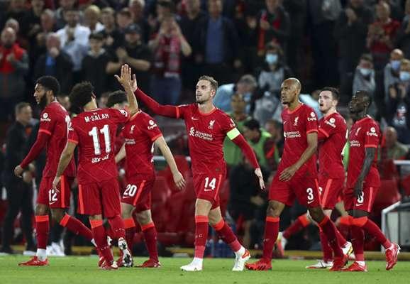 Ліверпуль в неймовірному матчі обіграв Мілан. Нудьга в Мадриді
