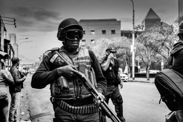 В Демократической Республике Конго убили итальянского дипломата