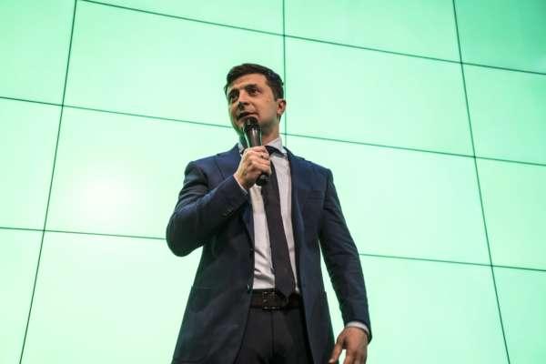 Зеленский хочет встретиться с Байденом перед его переговорами с Путиным