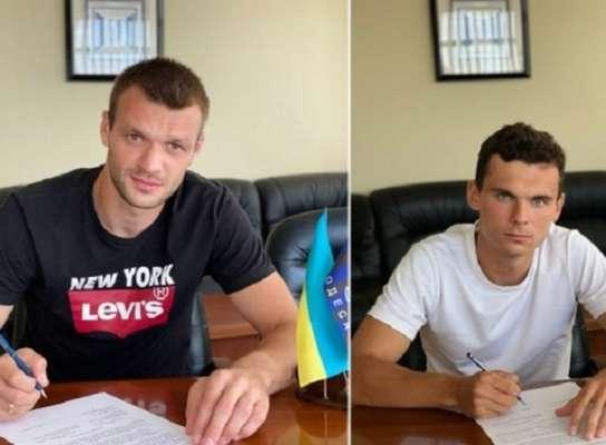 Черноморец подписал новые контракты с двумя футболистами
