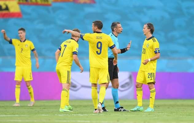 Пять игроков сборной Испании сделали за первый тайм больше пасов, чем вся Швеция