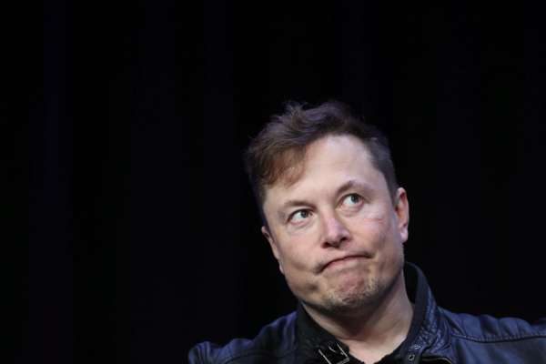Илон Маск дважды нарушил запрет на публикацию твитов