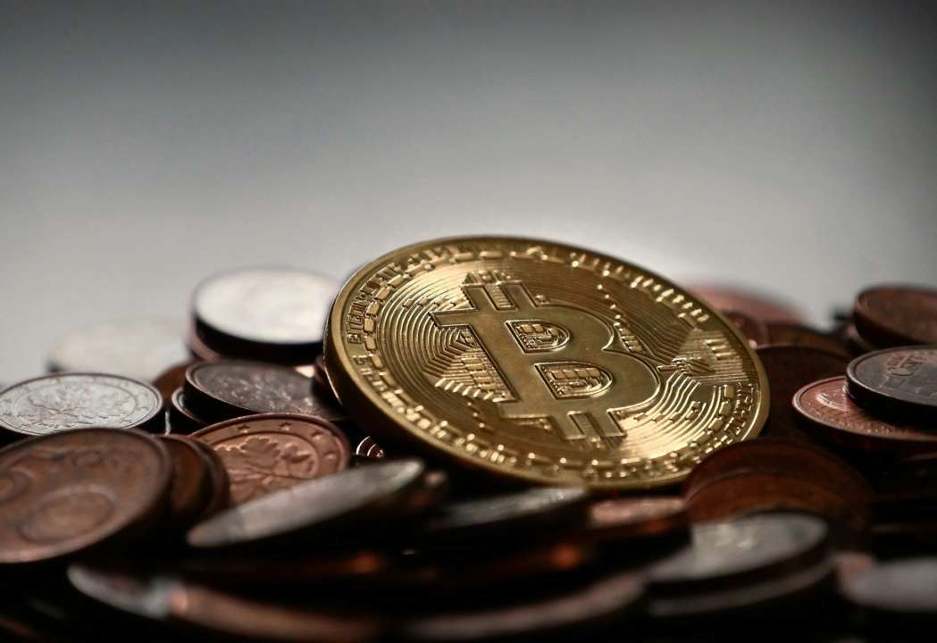 Bitcoin резко обвалился в цене