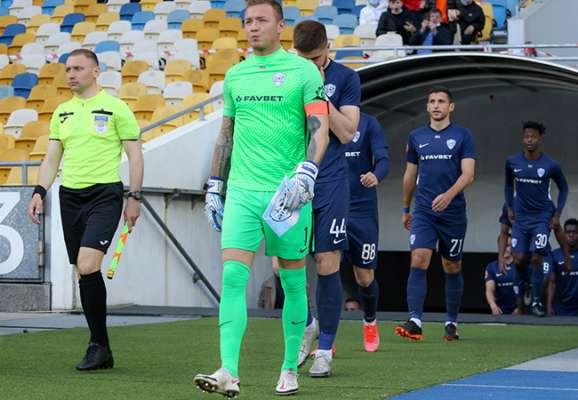 Минай вернулся домой без двух игроков и Севидова