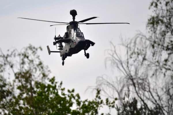 Вертоліт НАТО зіткнувся з лінією електропередачі під час навчань