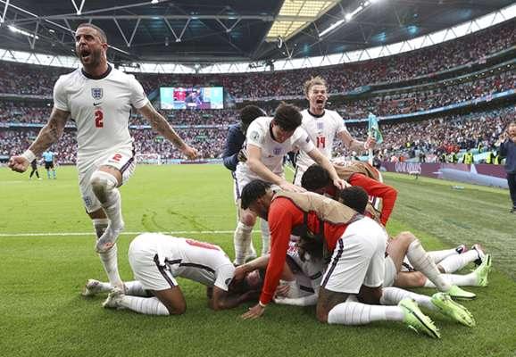 Футбол вернется домой? Англия пробилась в 1/4 финала Евро-2020