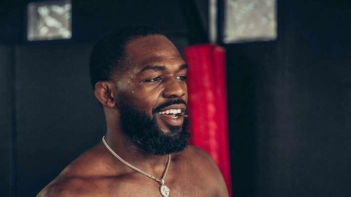Джонс высмеял победу Гана над Розенструйком