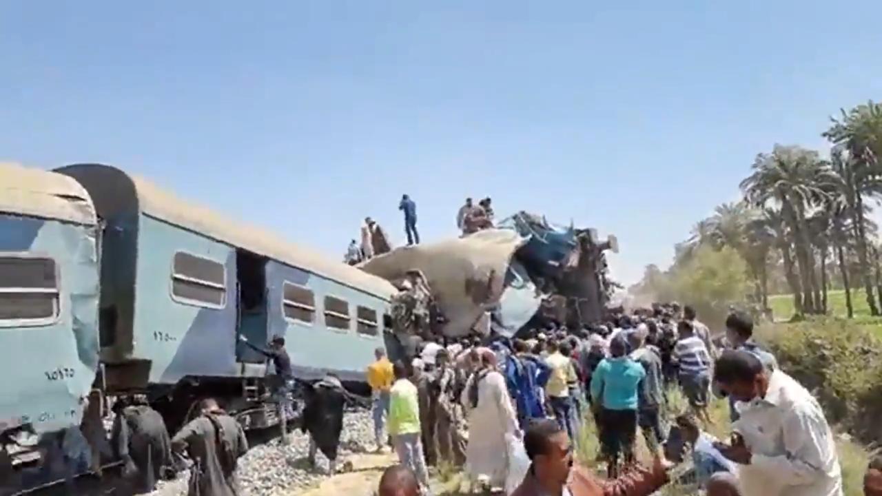 У Єгипті зіткнуліся пасажирські потяги: понад 30 загиблих