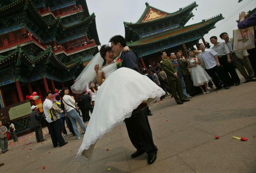 Будущая свекровь узнала, что невеста сына - ее дочь