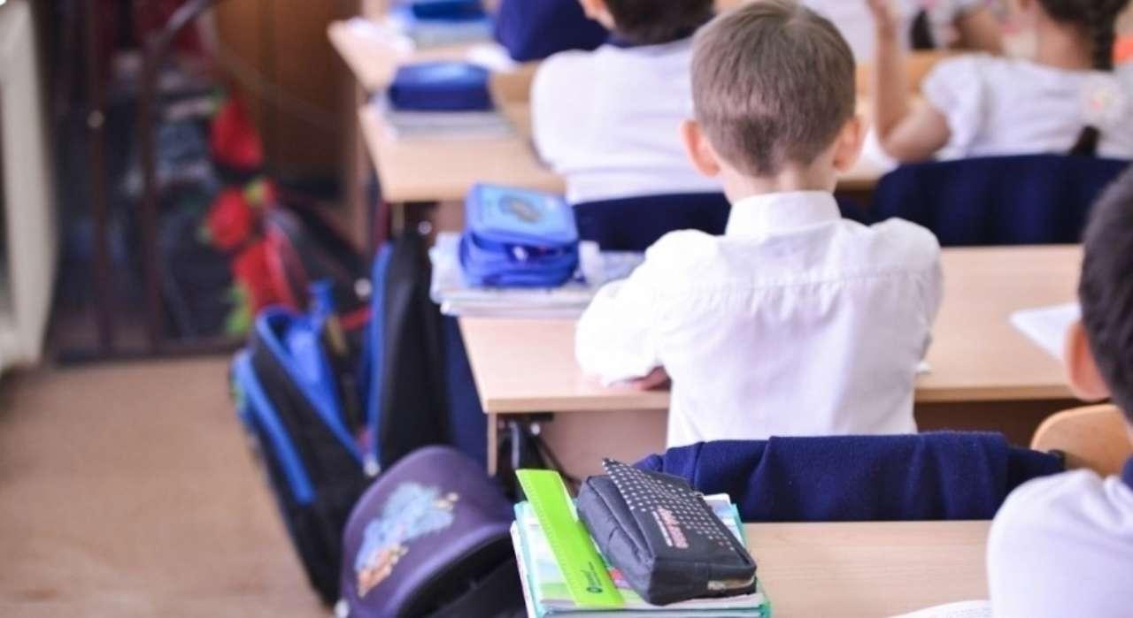Українські дитсадки та школи вже розпочали освітній процес в очній формі