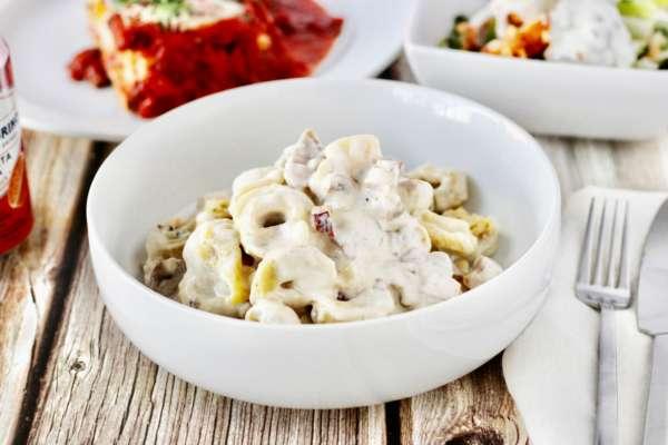 Паста з тунцем і кукурудзою: рецепт смачної вечері за пів години