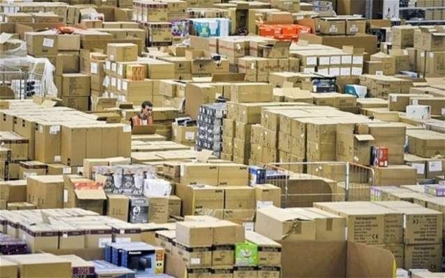 Парламентарії хочуть знизити податок на посилки з-за кордону