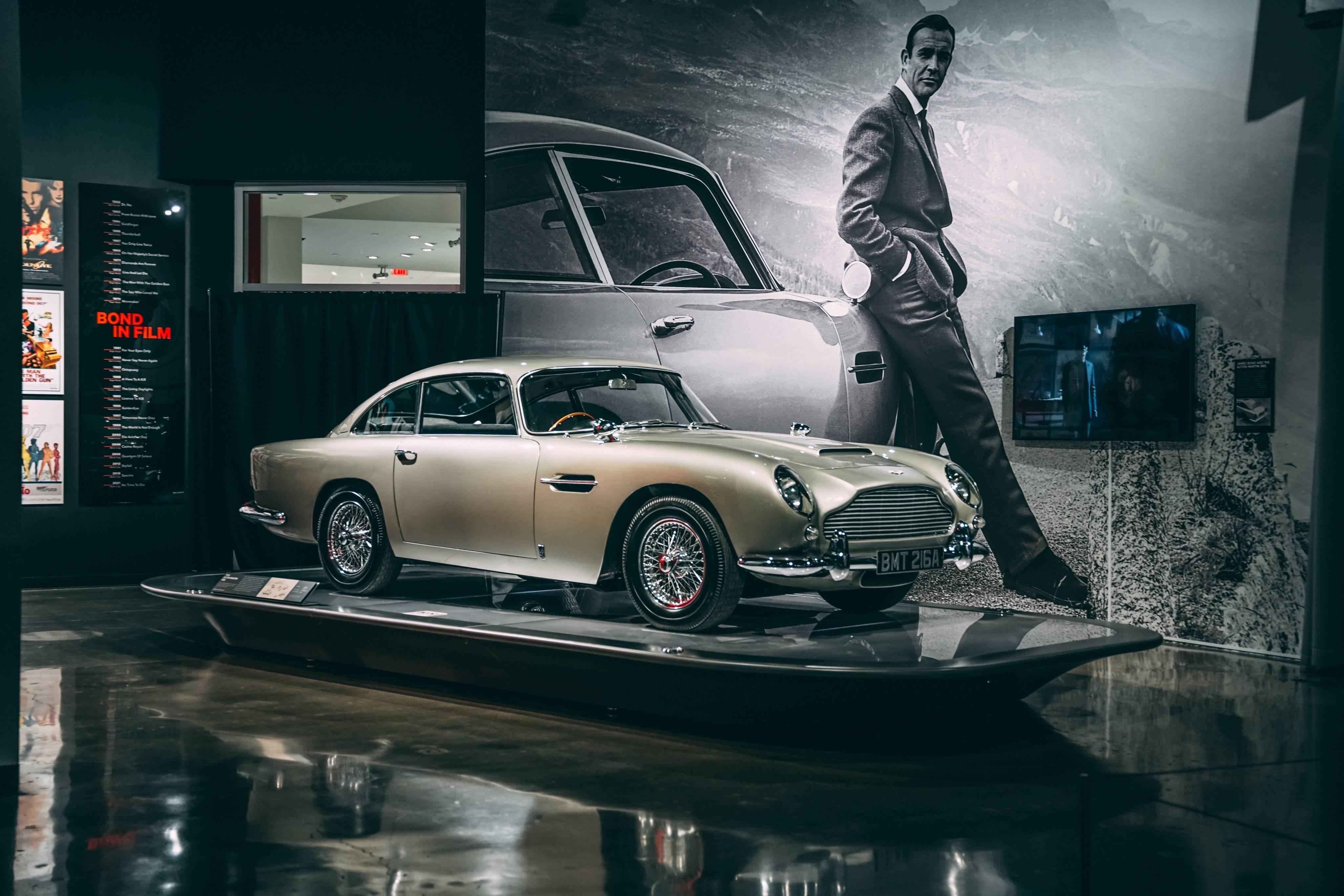 В США открылась выставка автомобилей Джеймса Бонда (фото, видео)  1