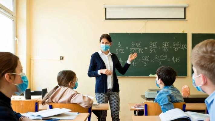 У січні в Україні зростуть зарплати вчителів