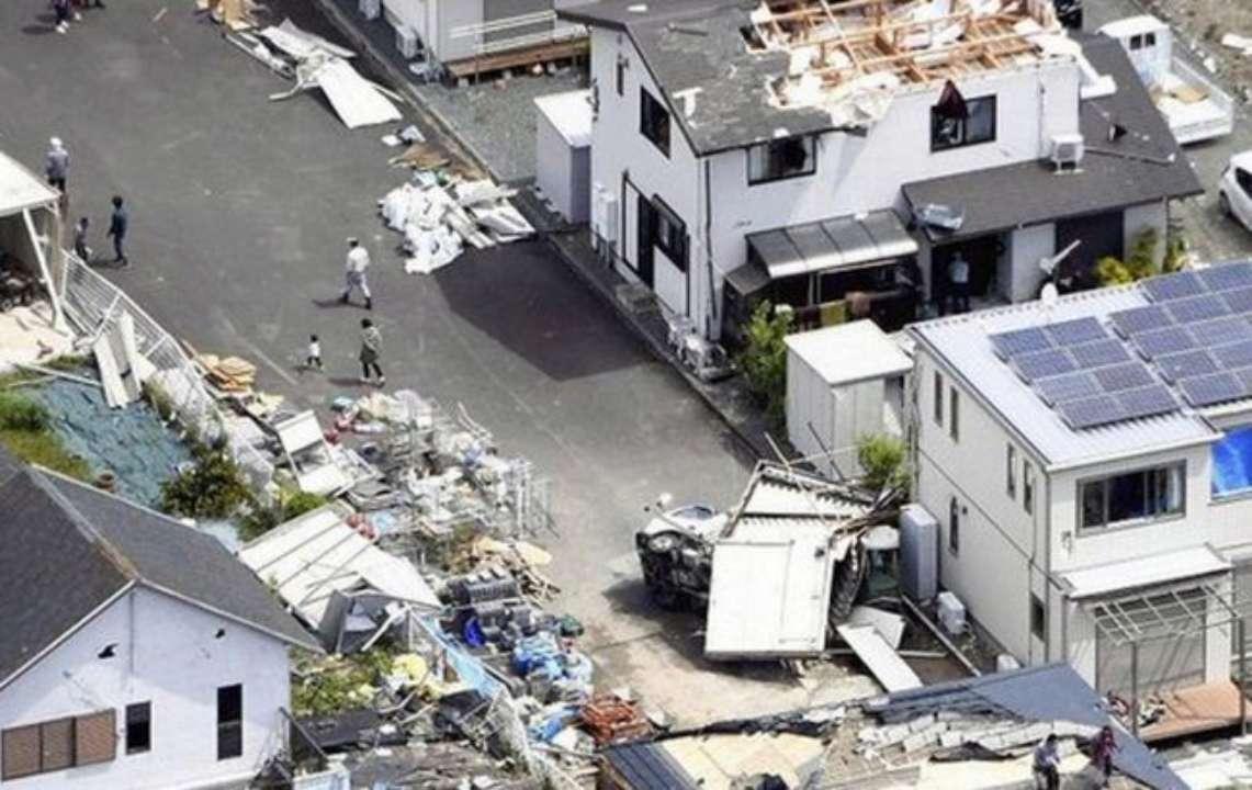 Торнадо в Сідзуокі